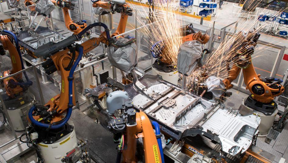 Produktion in VW-Werk in Zwickau: »In der Industrie läuft es wieder«