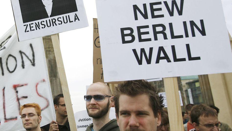 Netzsperren-Protest (Juni 2009): Bundestag muss Argumente hören