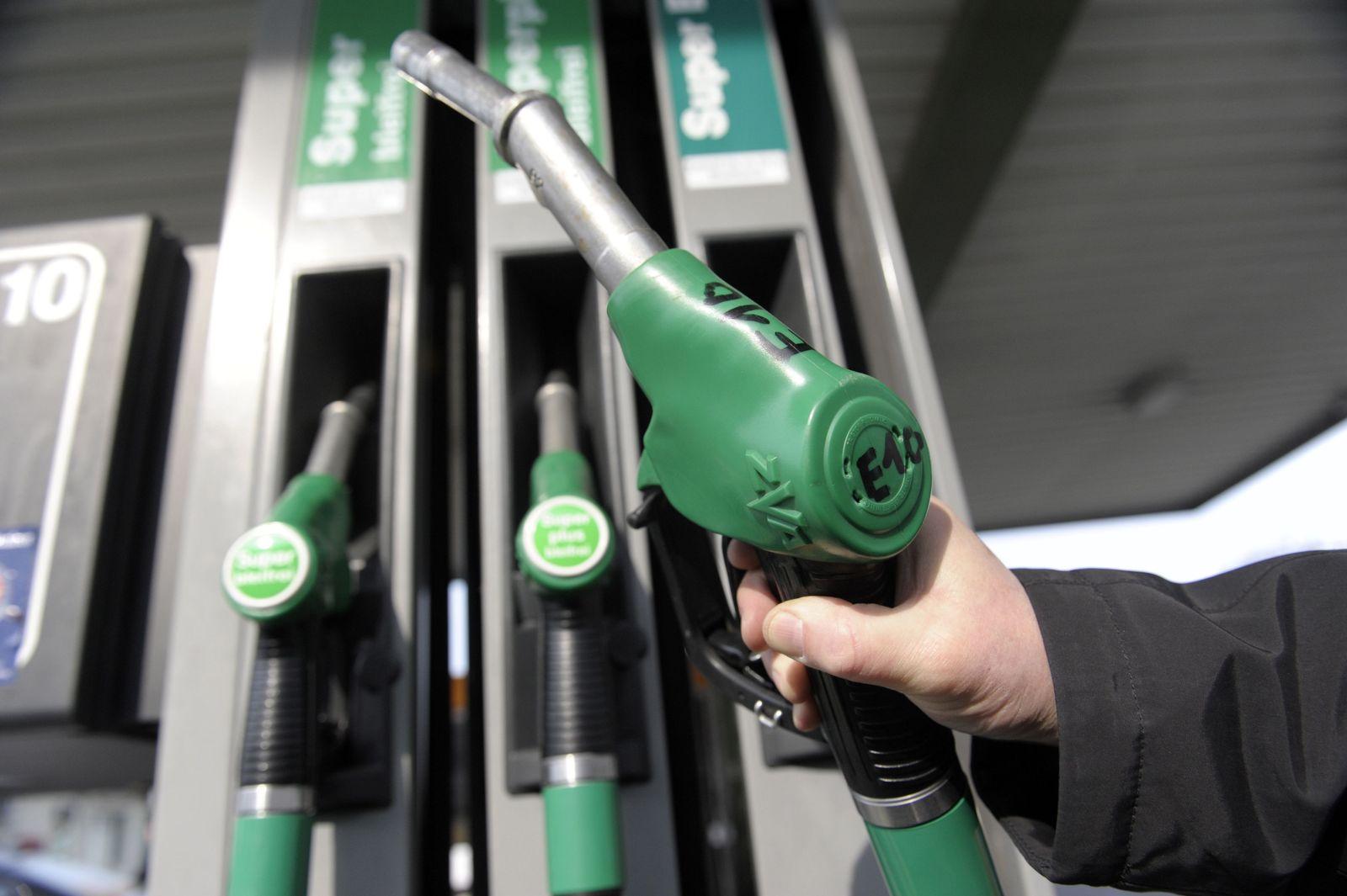NICHT VERWENDEN E10 / Tankstelle