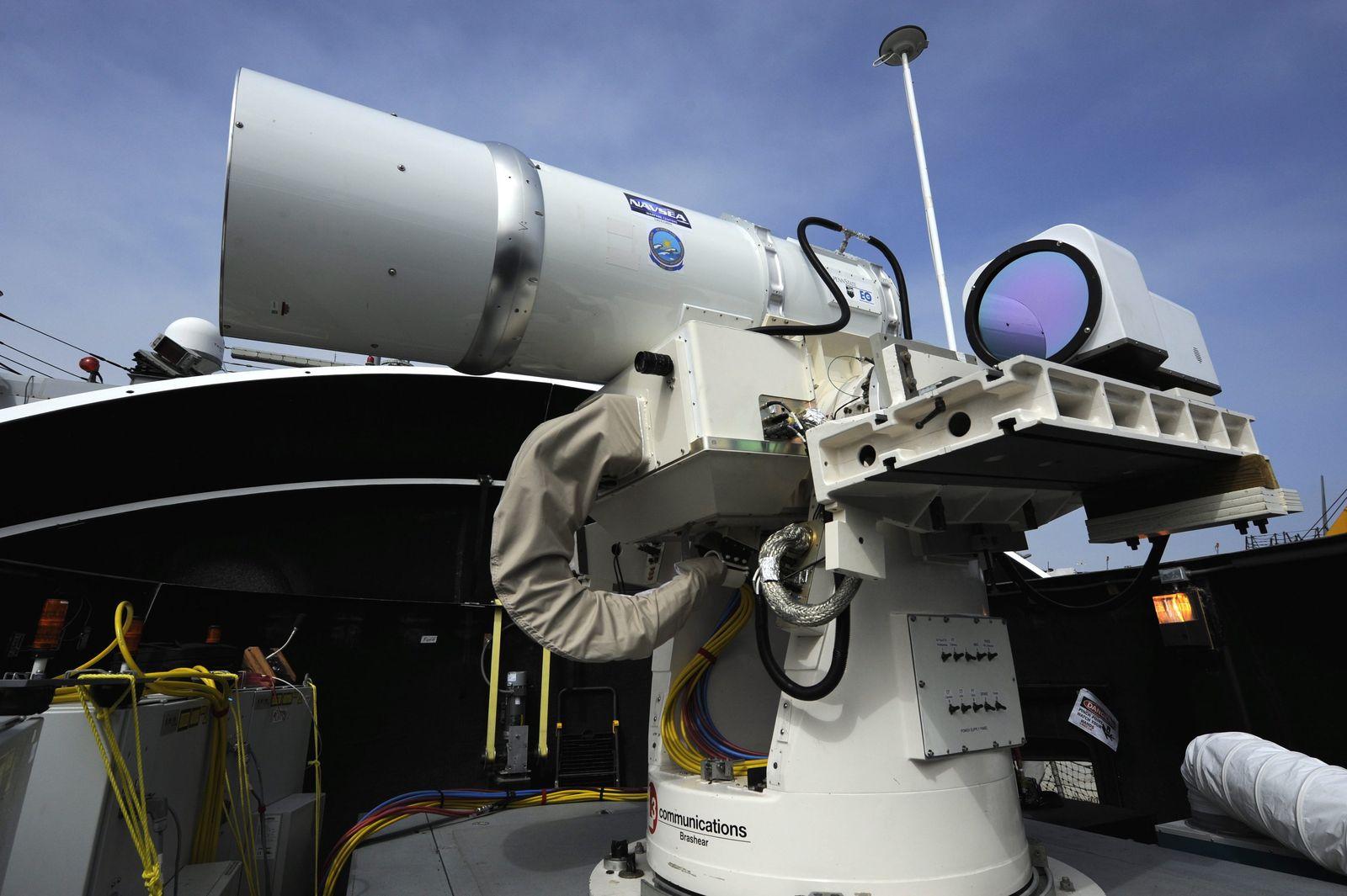 Laser Weapon System (LaWS)/ Laserwaffen