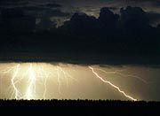 Blitz und Donner, ein Stromausfall, ein Programmierfehler?
