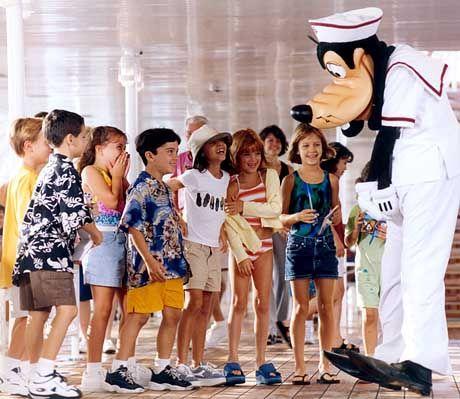 Kinder, die Goofy begegnen, sollten keine Gasmaske tragen müssen