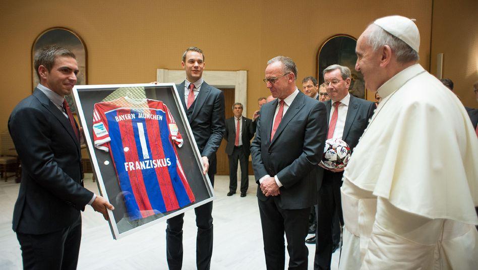 2014 haben Manuel Neuer und Philipp Lahm im Vatikan schon vorgefühlt