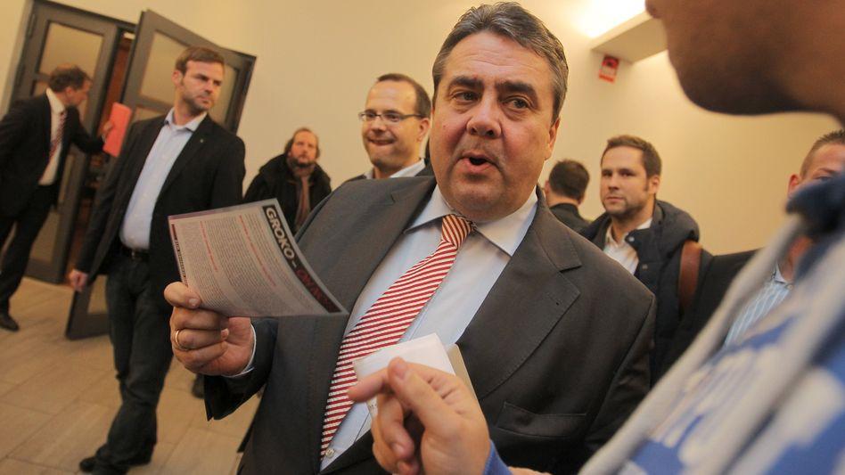 SPD-Chef Sigmar Gabriel: Werben für den Koalitionsvertrag