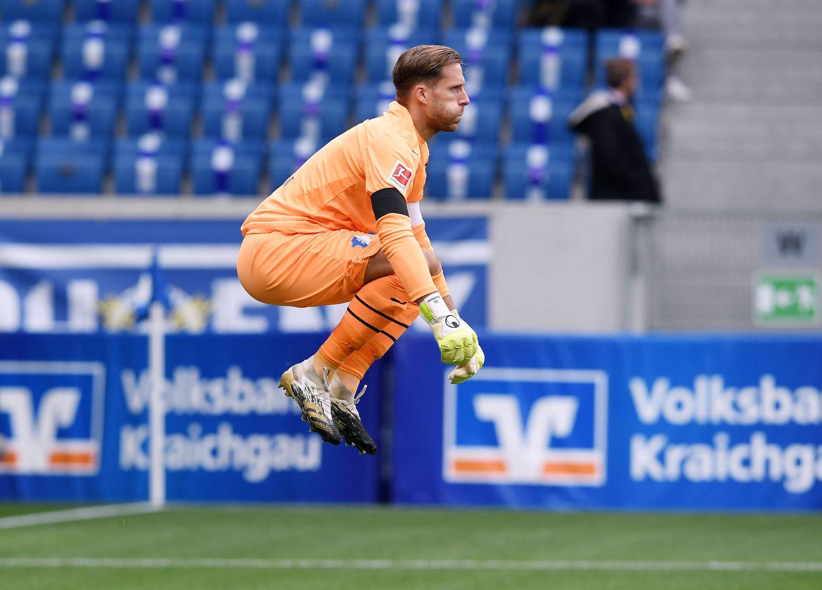 Fussball 1. Bundesliga Saison 2020/2021 1 . Spieltag TSG 1899 Hoffenheim - FC Bayern Muenchen 27.09.2020 Torwart Oliver