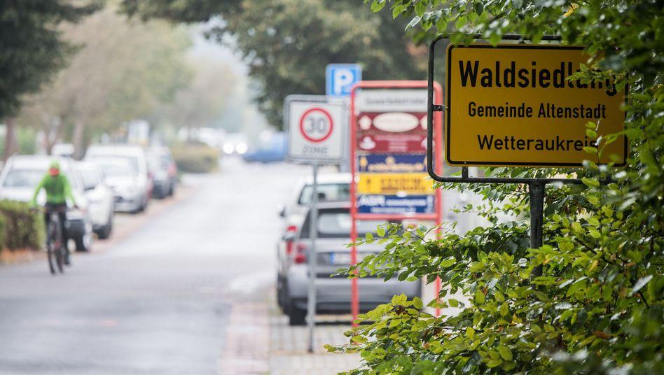 """Ortseingang von Altenstadt-Waldsiedlung: Ein NPD-Mann, """"ein klasse Typ"""""""