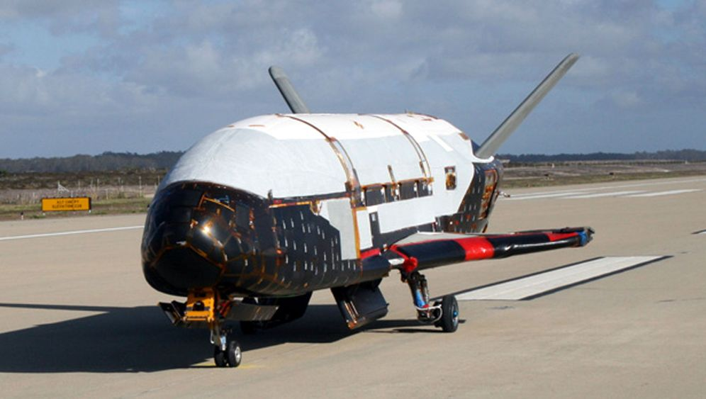 X-37B: Mini-Shuttle war 15 Monate im All