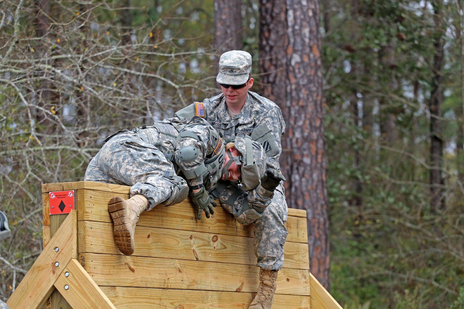 Army-Frauen