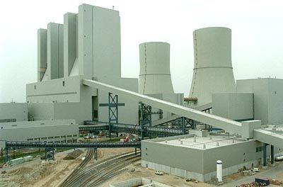 Solchen Kohlekraftwerken soll Konkurrenz gemacht werden: Moderne KWKs verbrennen Erdgas und erreichen konkurrenzlos Wirkungsgrade von über 80 Prozent