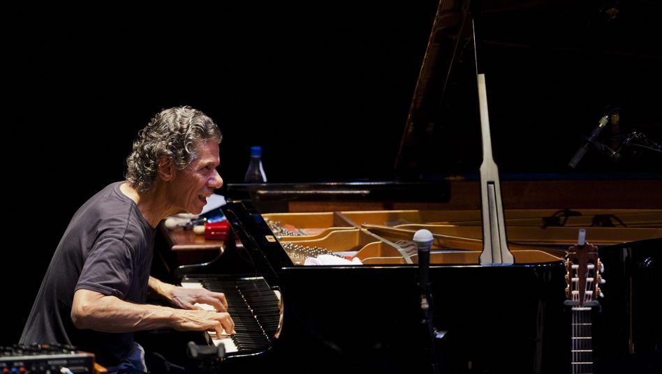 Pianist Chick Corea bei einem Konzert in Cali, Kolumbien 2014