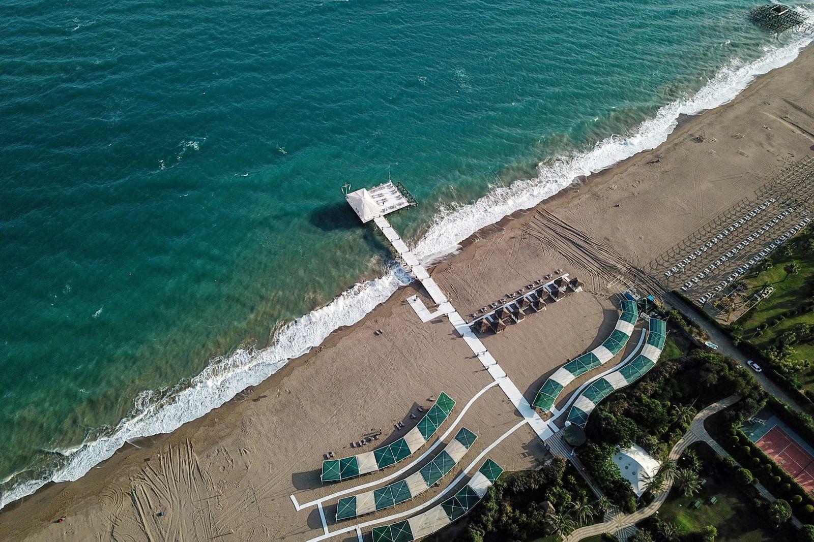 TURKEY-VIRUS-HEALTH-ECONOMY-TOURISM