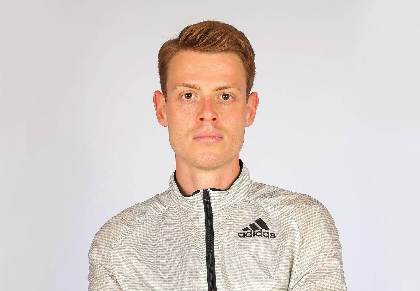 Olympia 2016 Leichtathletik Philipp Pflieger Marathonlaeufer bei einem Fototermin in Regensburg