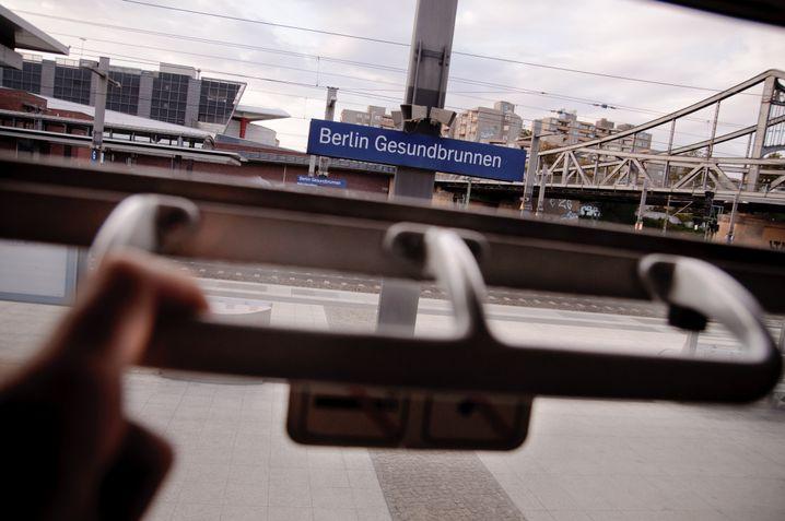 Abfahrt in Berlin: Noch zwölf Stunden bis zum Ziel