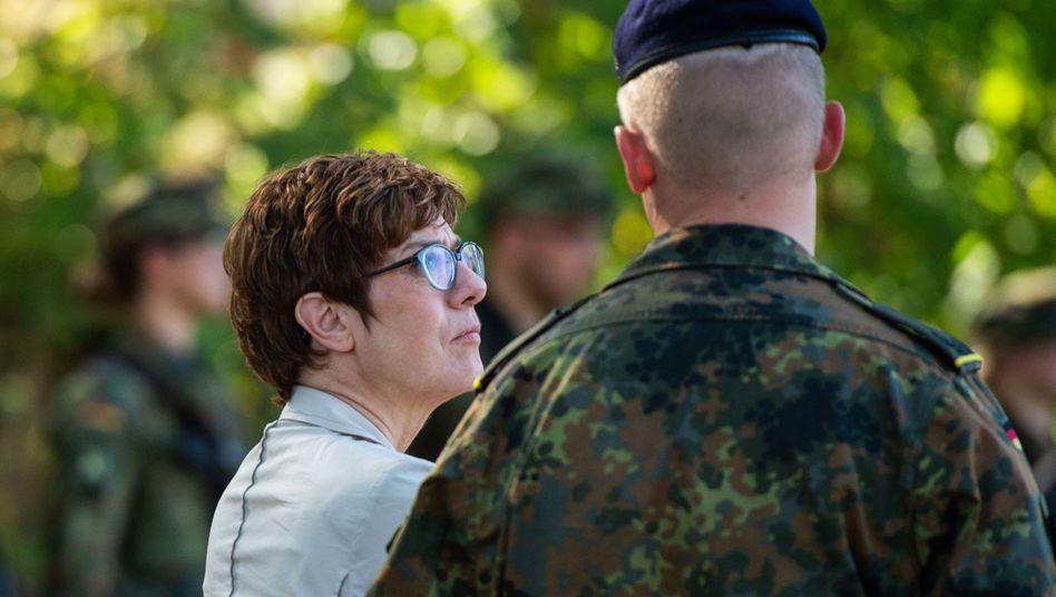 Verteidigungsministerin Annegret Kramp-Karrenbauer (CDU)
