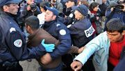 Polizei räumt illegales Flüchtlingslager