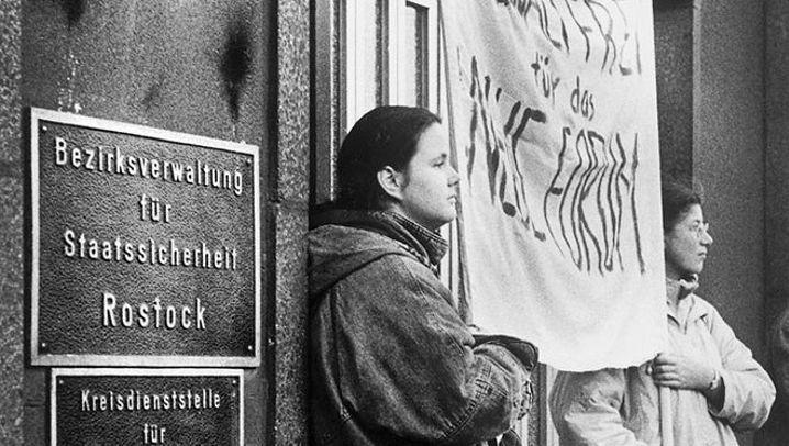 Nach dem Mauerfall: Verwaiste Stätten des Stasi-Schreckens