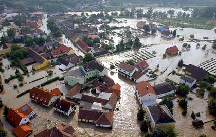 Auch aus dem österreichischen Zöbing meldeten die Behörden Land unter