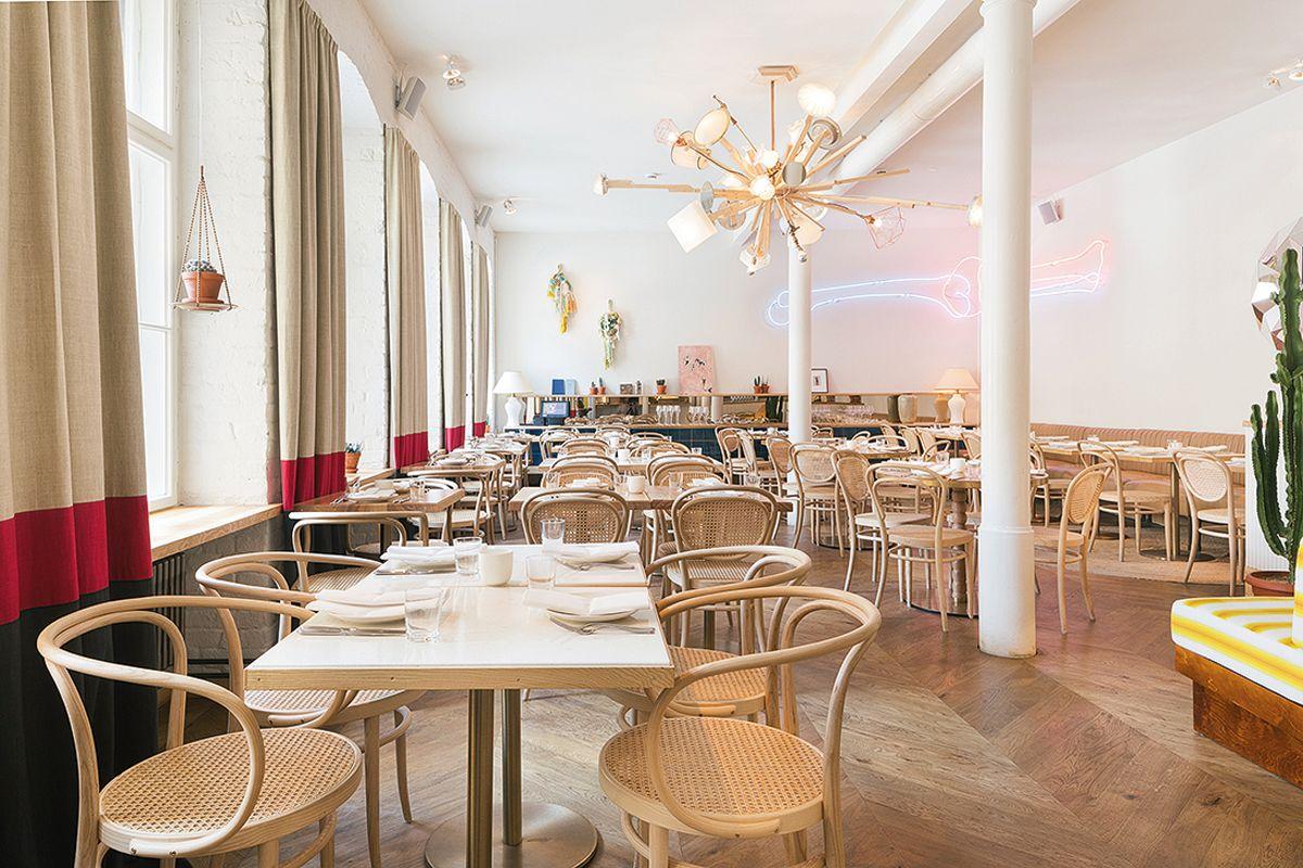 EINMALIGE VERWENDUNG S-Magazin/ Restaurant Panama