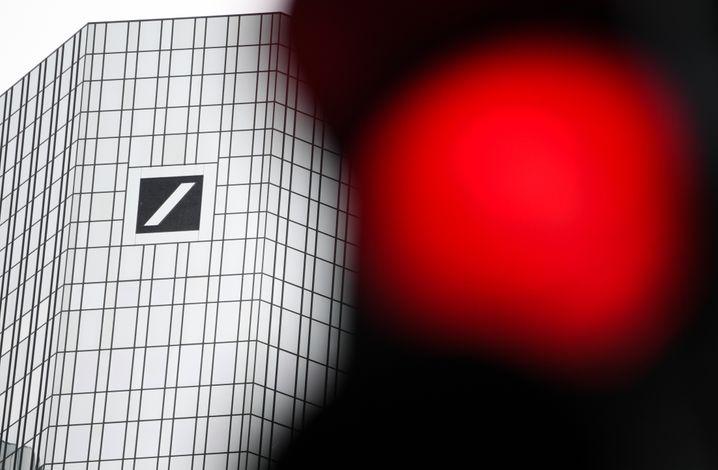 Die Deutsche Bank in Frankfurt: Anleger wenden sich ab