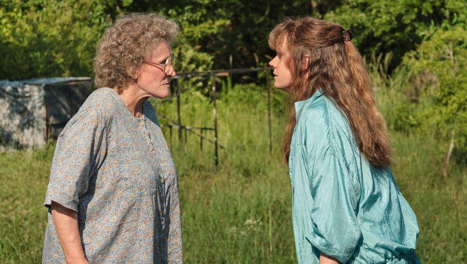 Glenn Close (links) und Amy Adams in »Hillbilly Elegy«