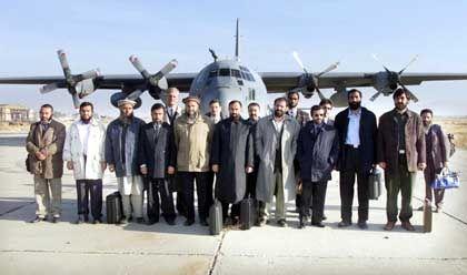 Die Nordallianz vor Antritt ihrer Reise von Kabul nach Königswinter