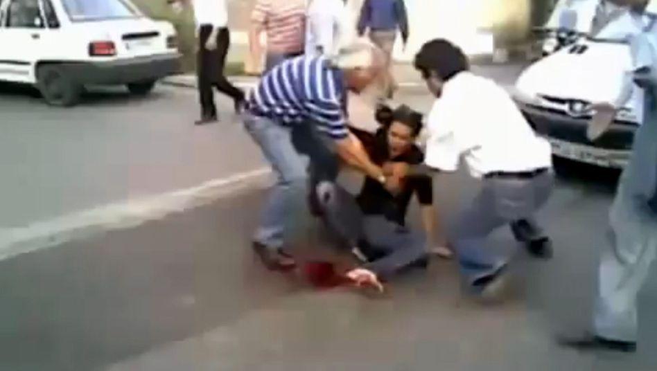 Video der sterbenden Neda: Iran verurteilt ein nach ihr benanntes Stipendium