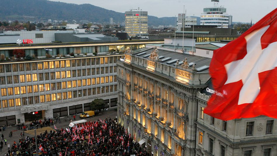 The headquarters of Swiss banks UBS and Credit Suisse in Zurich.