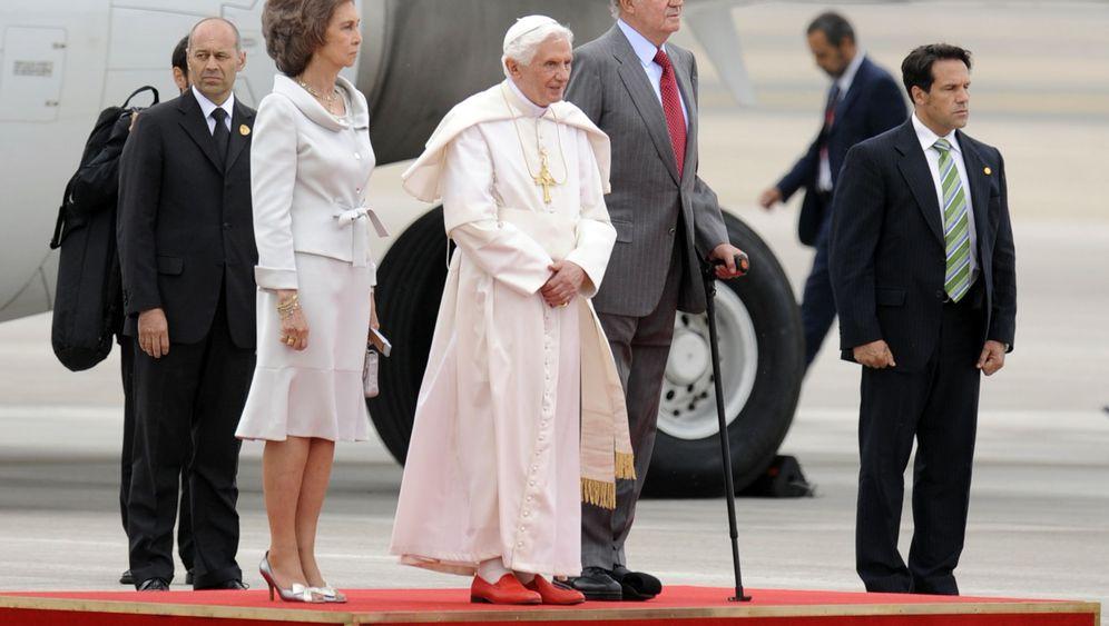 """Deutschland vor Papstbesuch: Pilgerwiesen und """"Ratzefummel"""""""