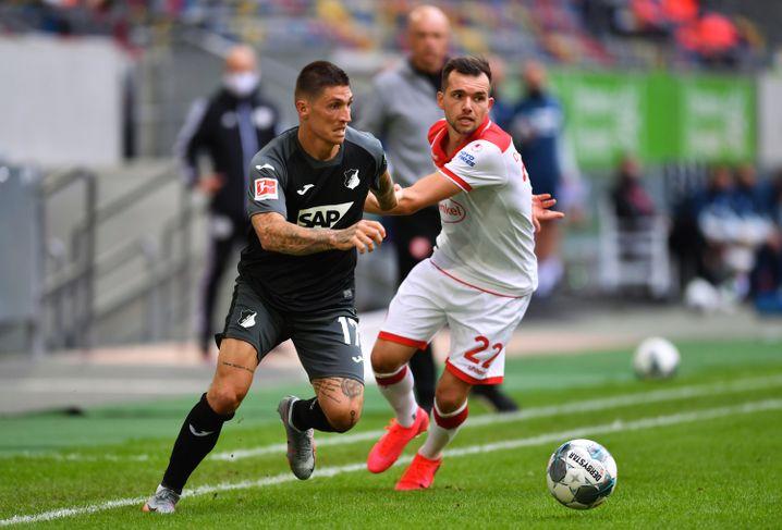 Kevin Stöger (rechts) ist Düsseldorfs wichtigster Spieler