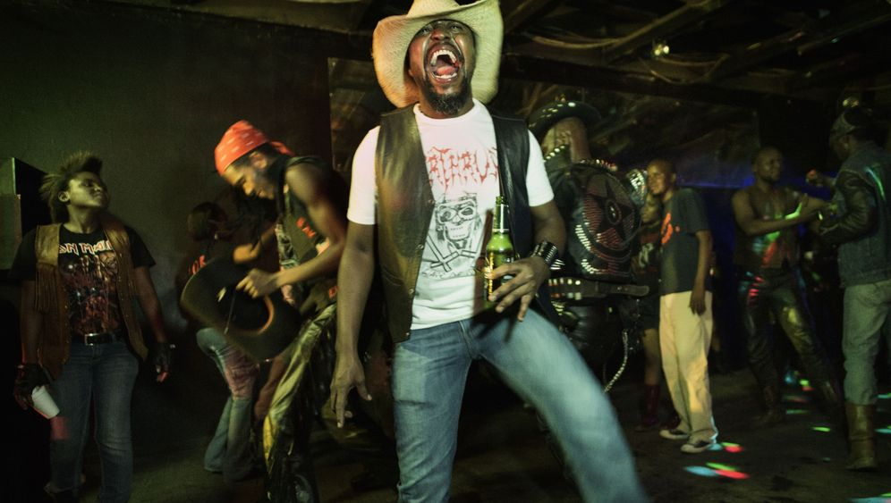 Metal-Fans in Botswana: Liebenswert laut