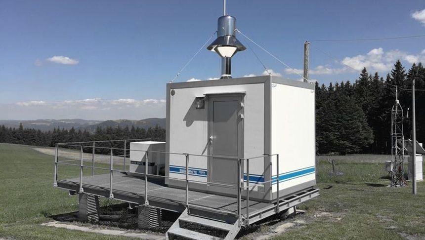 Luftstaubsammler in Baden-Württemberg, der auch Radioaktivität misst