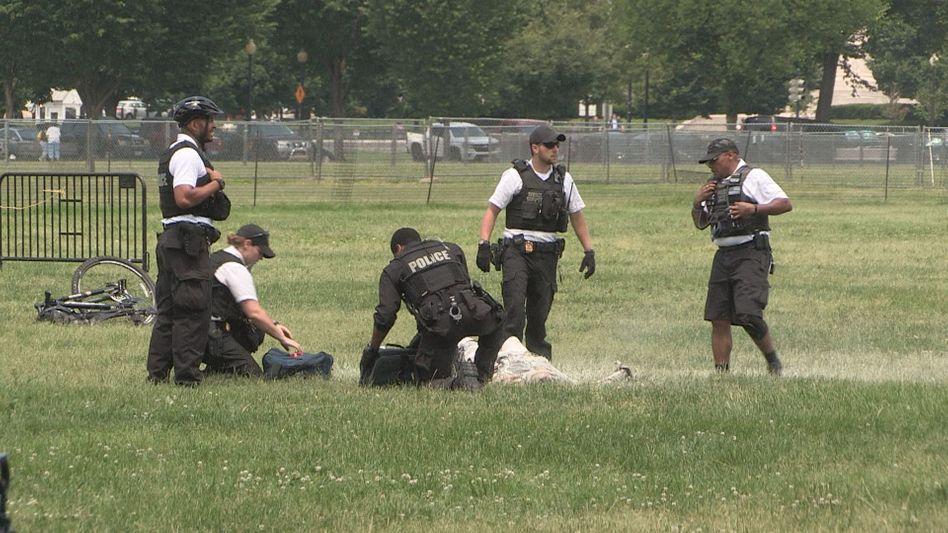 Ein Mann hat sich vor dem Weißen Haus in Washinton angezündet