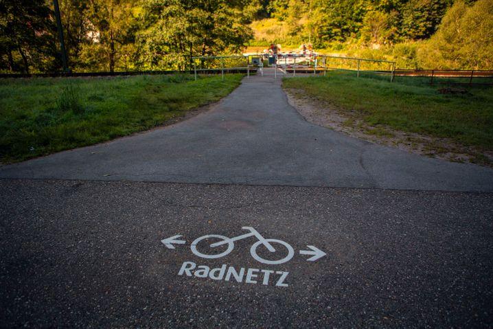 Radweg wie aus dem Bilderbuch: Hier zu sehen ein Beispiel aus dem Murgtal bei Baiersbronn in Baden-Württemberg. Wird es davon bald mehr geben?