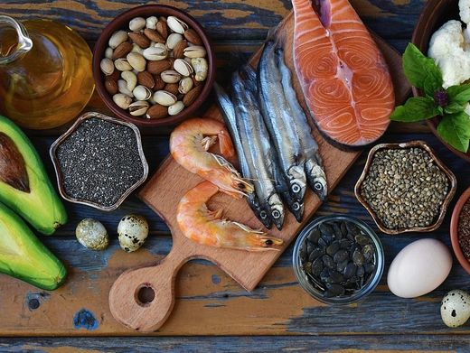 An Omega-3-Fettsäuren reiche Nahrungsmittel