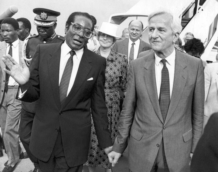 Robert Mugabe und Bundespräsident von Weizsäcker (1988)