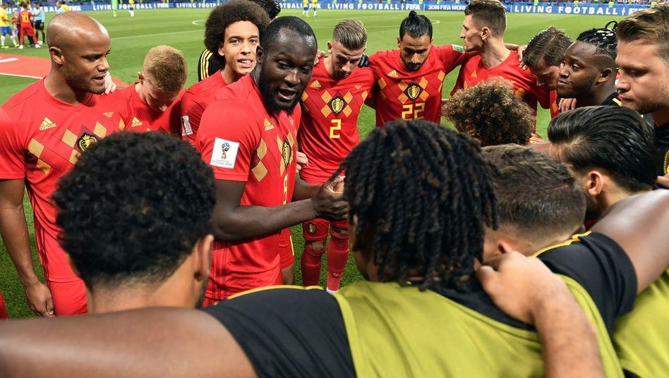 Lukaku spricht zum Team