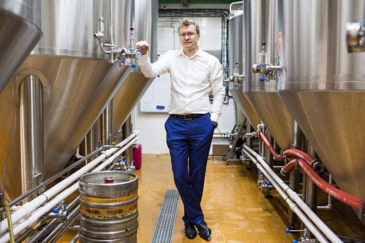 Zwei Dutzend Angestellte arbeiten für Michail, in Bar und Brauerei