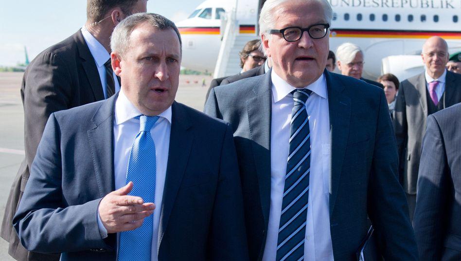 Außenminister Deschtschytsja (l.), Steinmeier (Archiv): Treffen in Berlin geplant