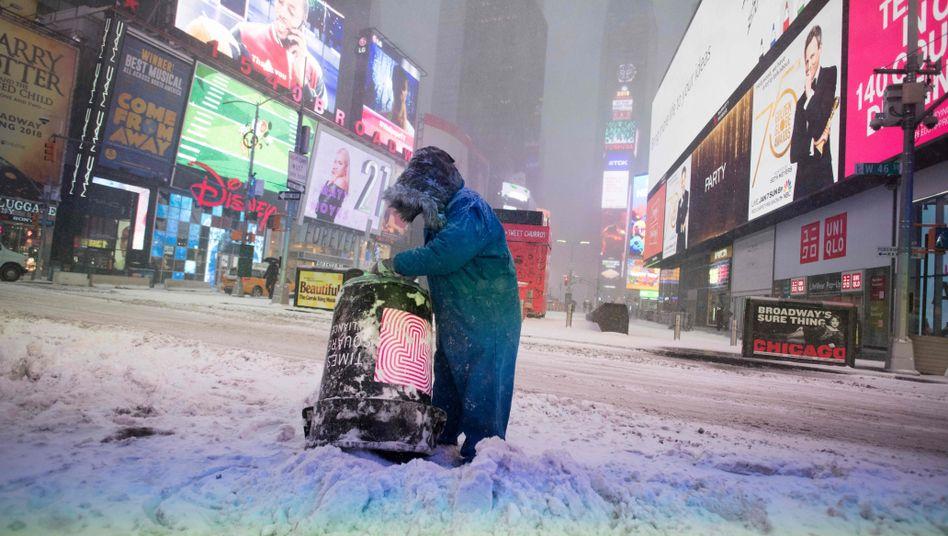 Schnee auf dem Times Square
