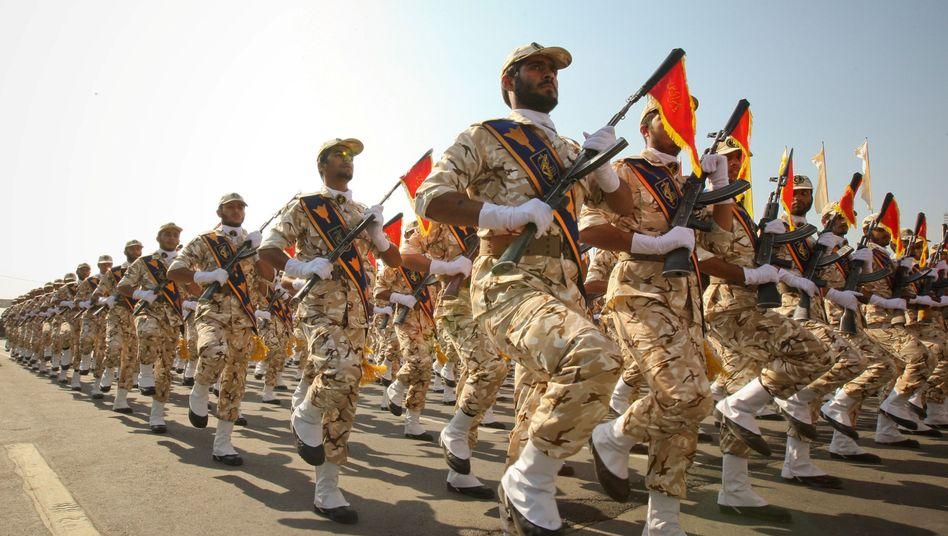 Iranische Revolutionsgarden (Archivaufnahme)