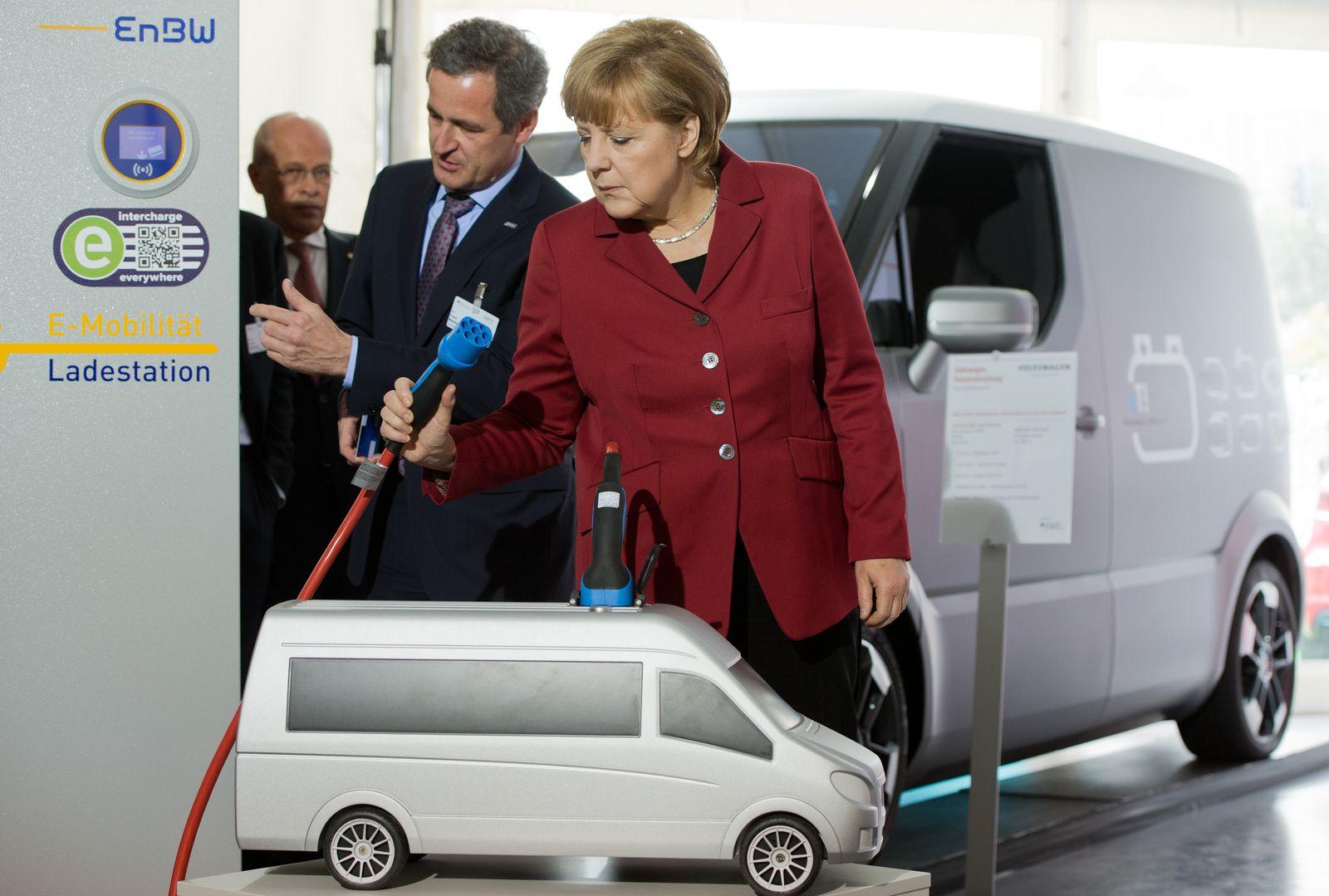 Merkel / Electro-Mobility
