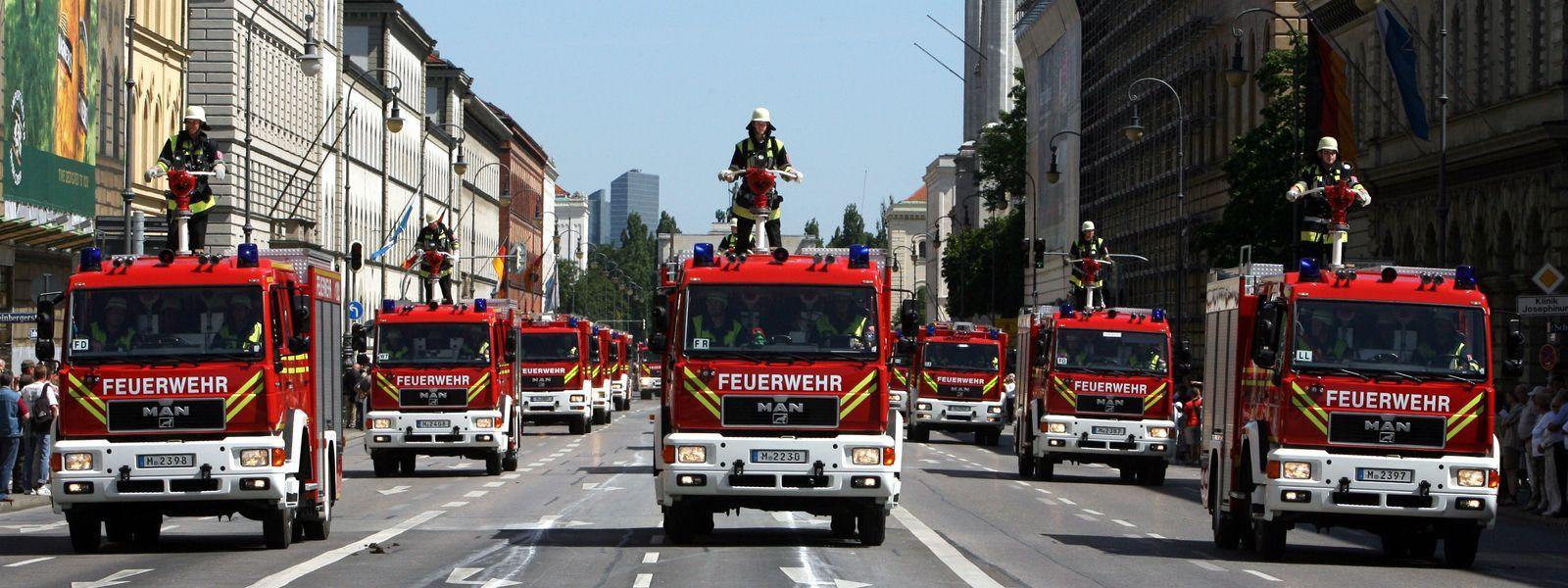 Fahrzeugparade der Feuerwehr