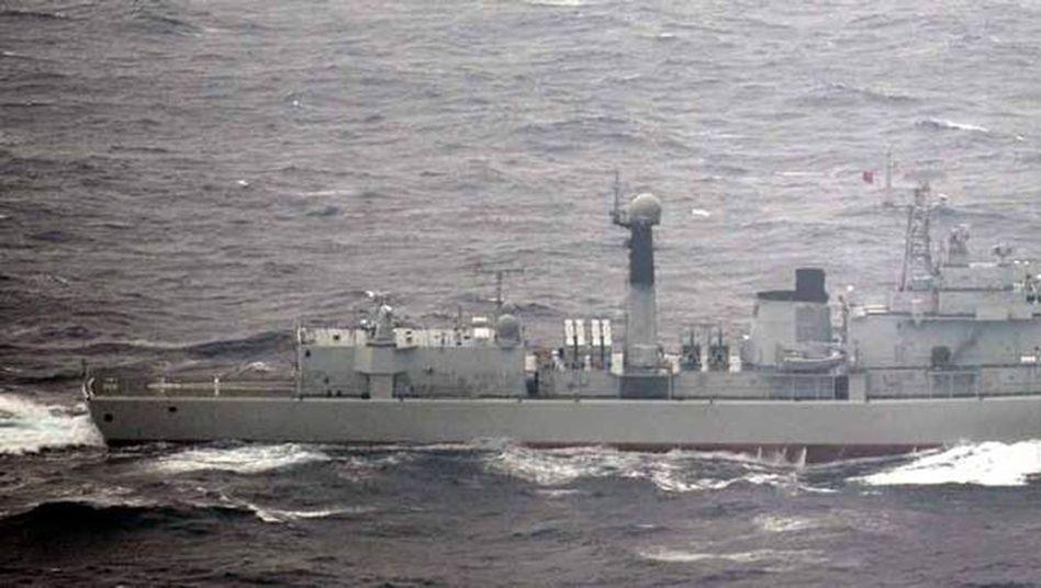 Chinesischer Zerstörer vor der Küste Japans: Streit um unbewohnte Eilande