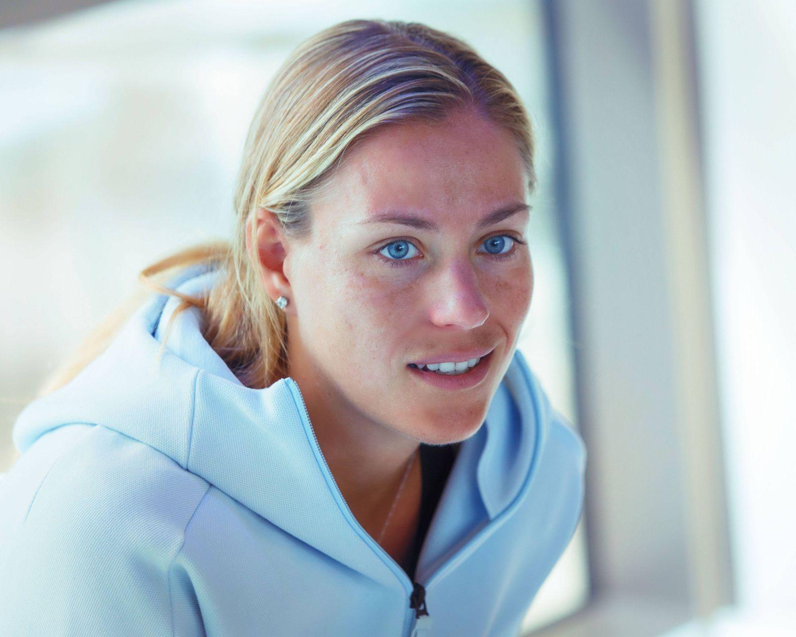 Bilder des Tages SPORT WTA Turnier in Dubai Fotoshooting Angelique Kerber ANGELIQUE KERBER GER