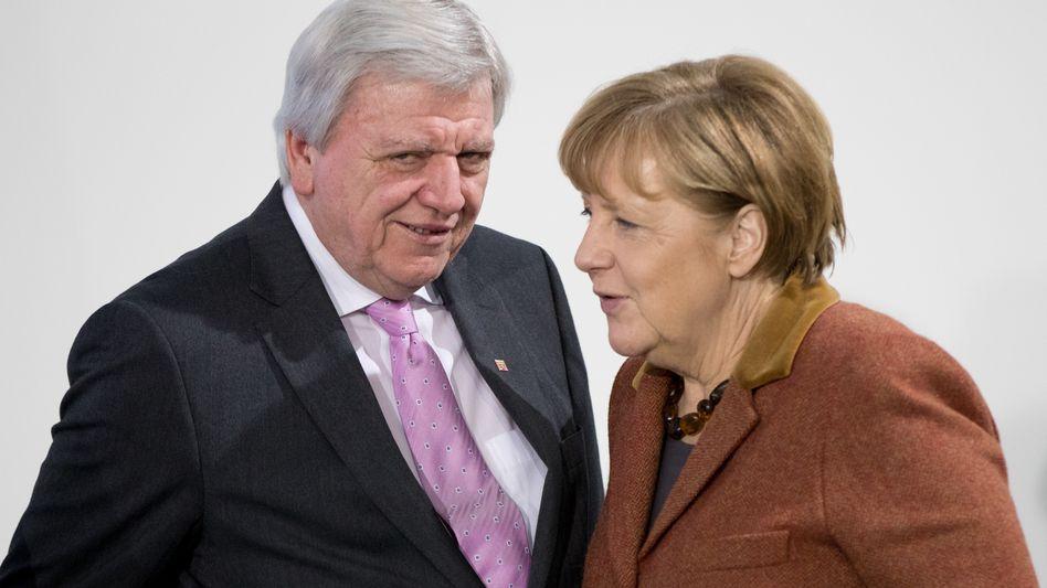 Volker Bouffier, Angela Merkel