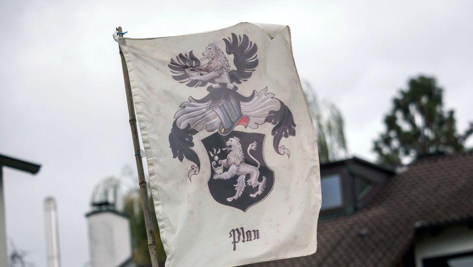 """Flagge eines """"Reichsbürgers"""" (Symbolbild)"""