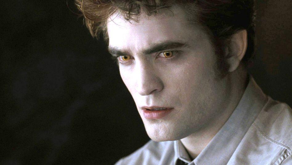 Vornehme Blässe: Robert Pattinson spielte Edward in den Filmen