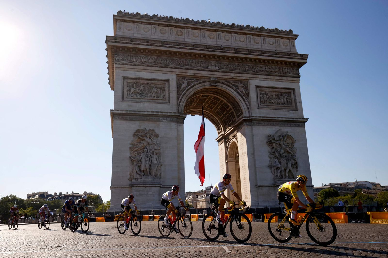 TOPSHOT-CYCLING-FRA-TDF2021-STAGE21