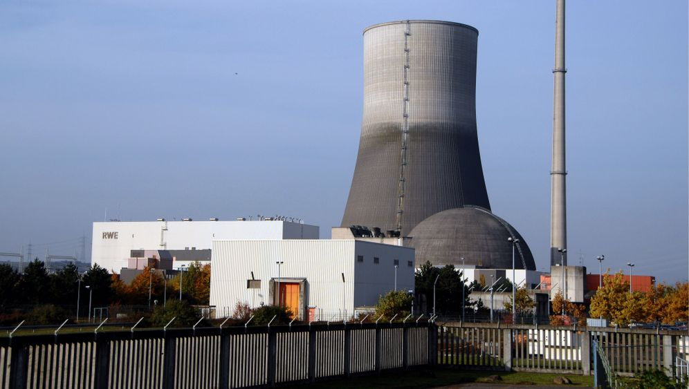 Photo Gallery: Artistic Aspirations for a Nuclear Plant