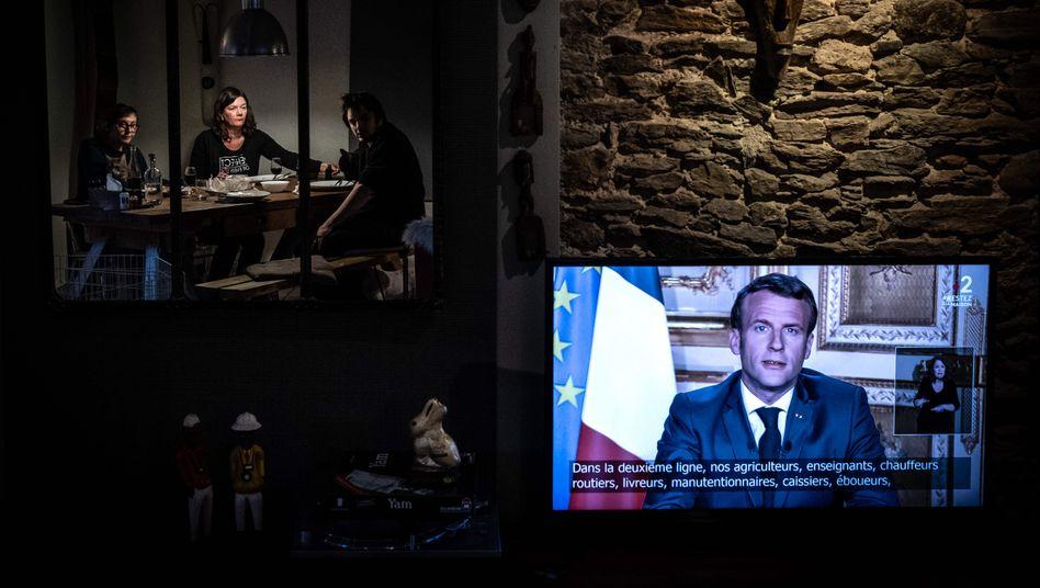Emmanuel Macron verkündete am Mittwochabend im französischen Fernsehen neue Corona-Restriktionen